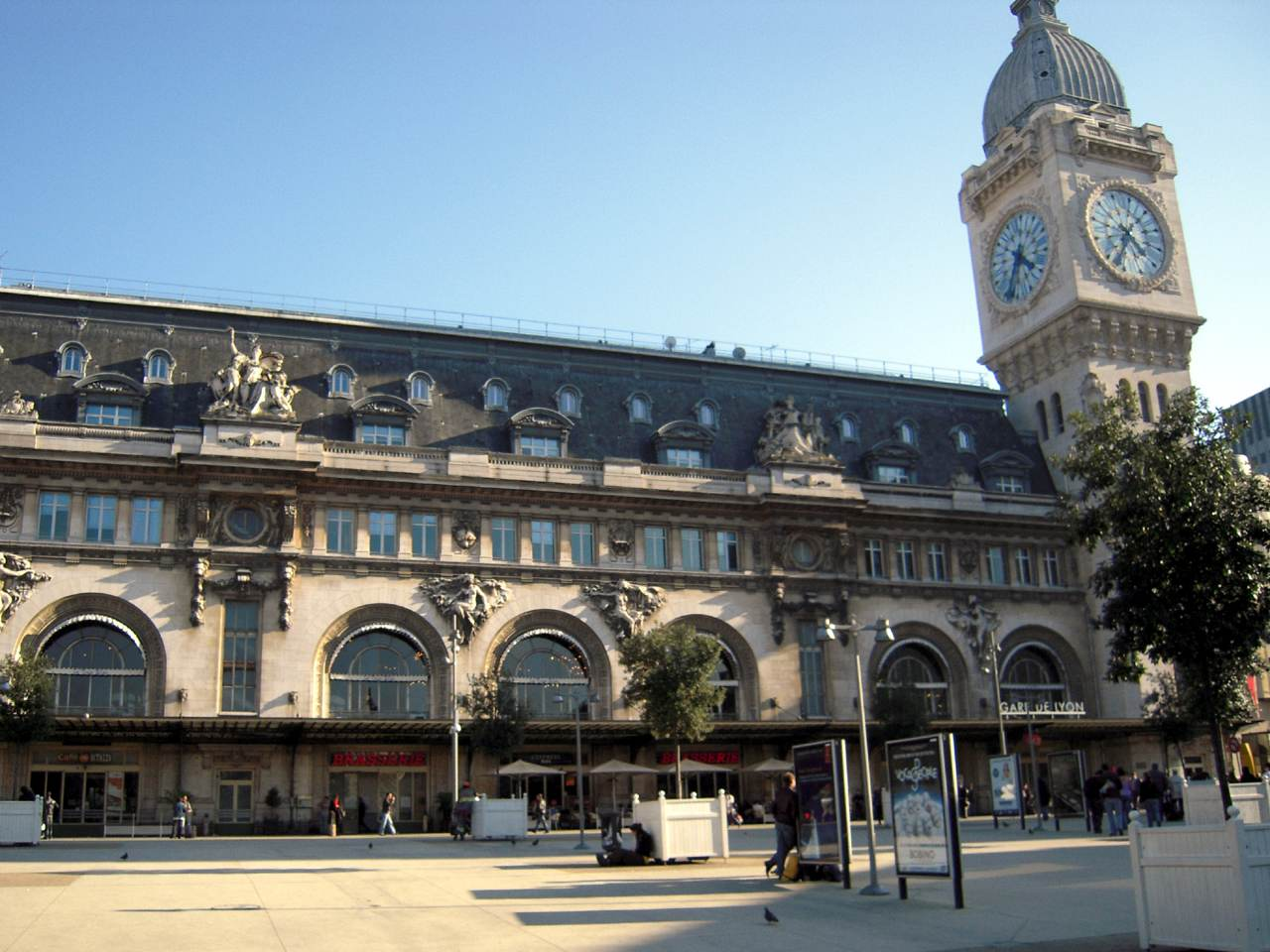 gare de lyon paris bahnhof f r tgv lyria aus schweiz reisef hrer. Black Bedroom Furniture Sets. Home Design Ideas