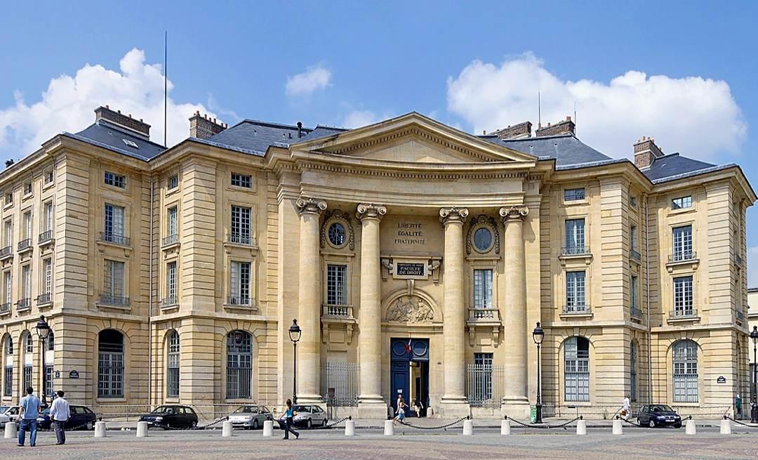 Hotel Moulin Paris